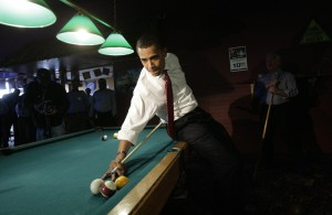 barack-obama-shooting-pool